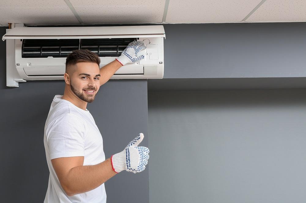 Montaż klimatyzacji w domu – czy warto się zdecydować?